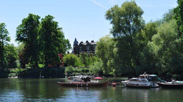 Romantiska Richmond är ett tillhåll för kungligheter och celebriteter.