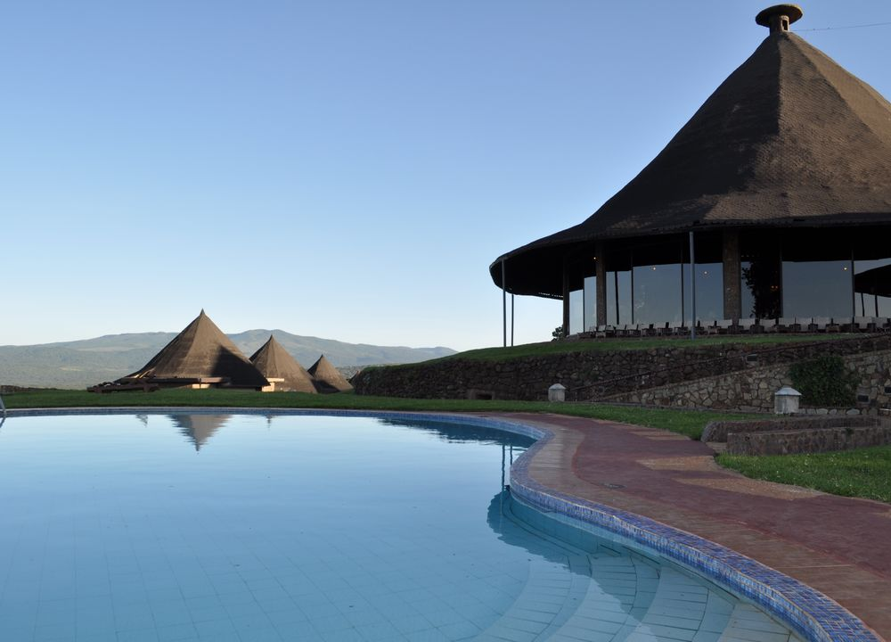 Poolen på Ngorongoro Sopa Lodge
