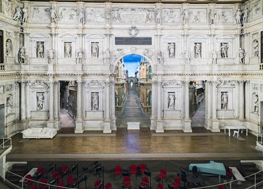 Arkitekten Andrea Palladios sista mästerverk, teatern Teatro Olímpico.